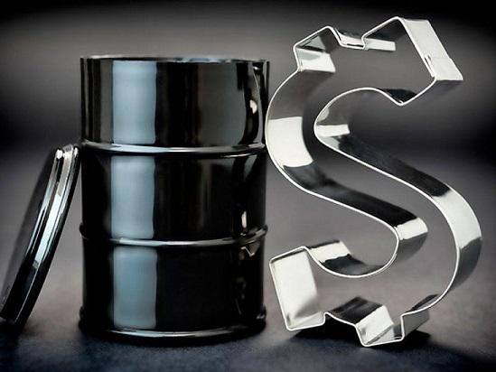 Нефть в понедельник дорожает на фоне сокращений мировой добычи в рамках соглашения ОПЕК